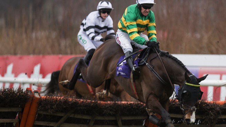 Finding a leg: Jezki overcomes an error at the final flight to score under Barry Geraghty