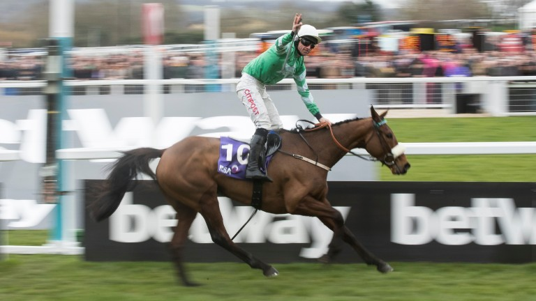 Presenting Percy bolts up in the RSA by seven lengths under Davy Russell