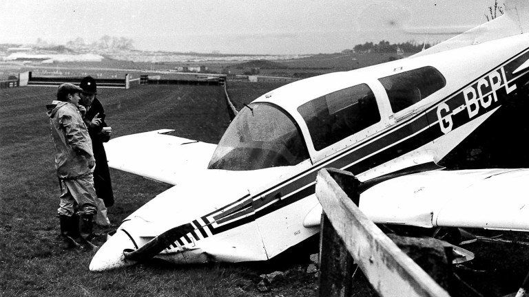 Parkin's photo of the stranded aeroplane at Cheltenham in 1977
