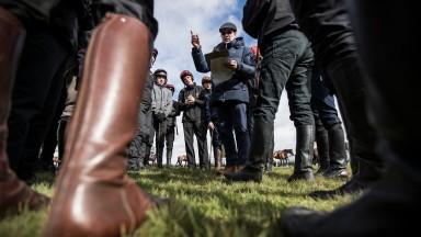 Aidan O'Brien giving instructions to his riders.NaasPhoto: Patrick McCann 27.03.2018