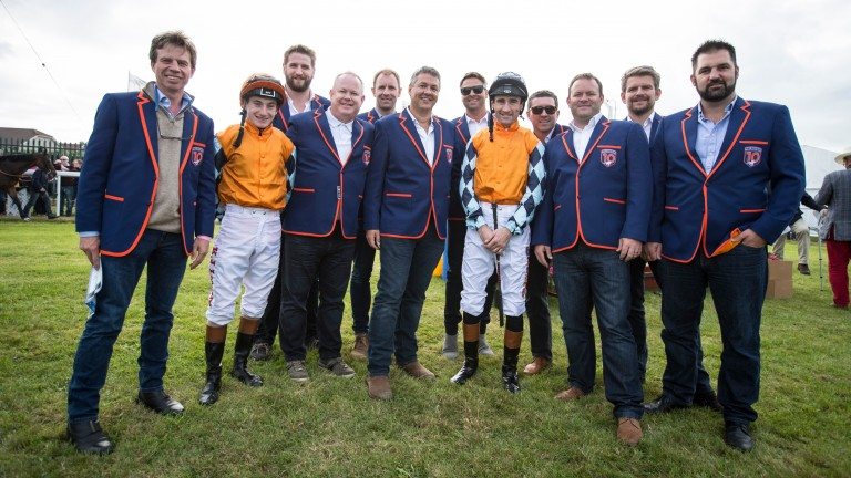 Members of Melbourne 10 racing at Laytown in September 2017