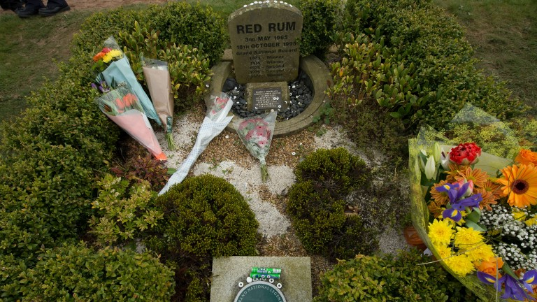Red Rum's memory lives on at Aintree's winning line
