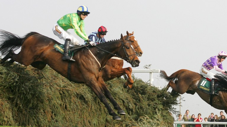 Irish Raptor and Paddy Brennan make The Chair look small in the Topham Chase