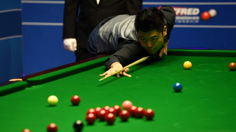 Liang Wenbo has failed to return to the elite top 16 this season