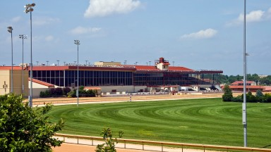 Charles Town: West Virginia racetrack hosts $1.2m prize