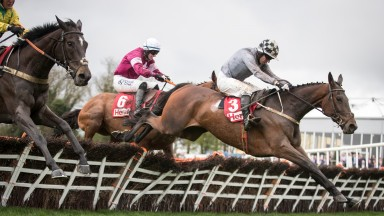 Draconien and Noel Fehily lead over the last
