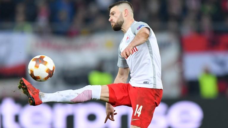 Valon Berisha of Salzburg plays the ball