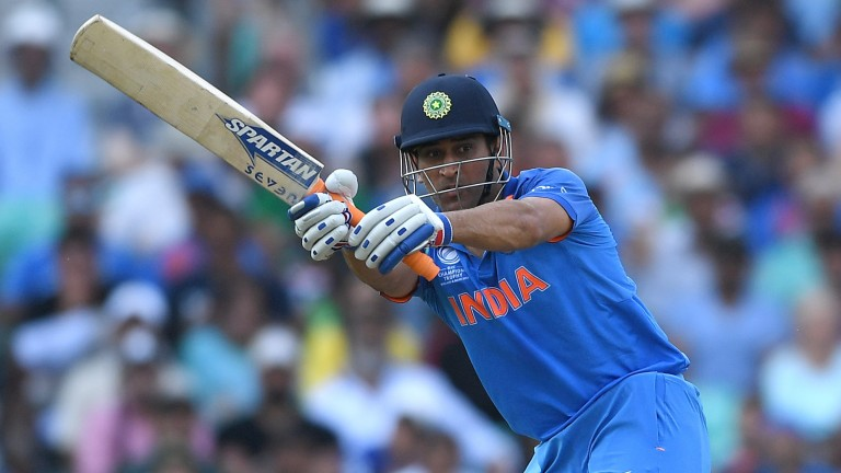 MS Dhoni bats for India