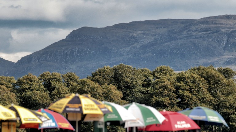 Killarney: racing at the track starts at 5.05
