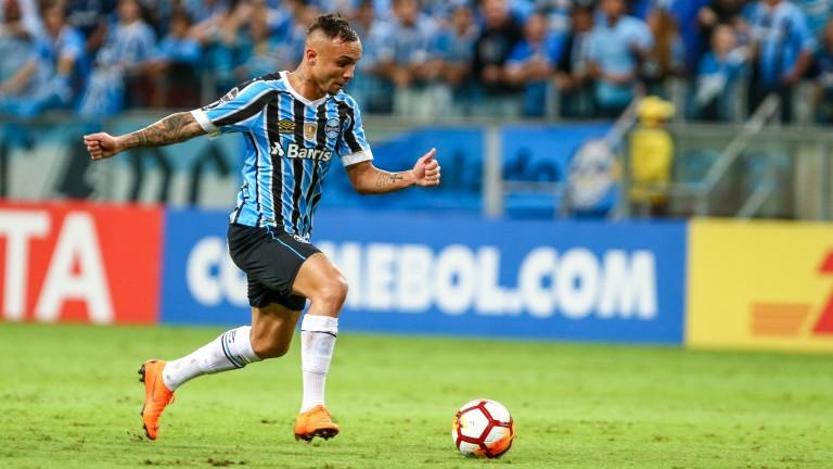 Gremio forward Everton