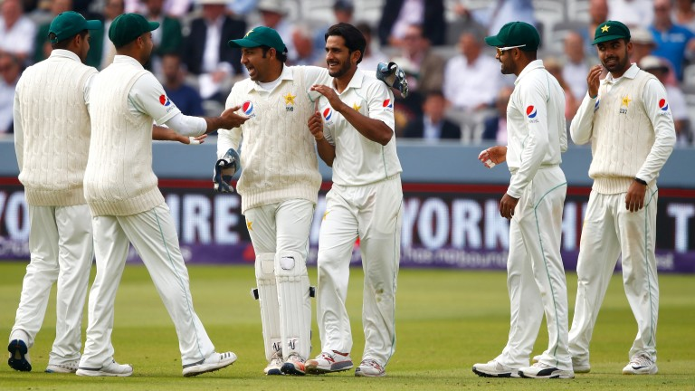 Hasan Ali and Pakistan celebrate the wicket of Jos Buttler