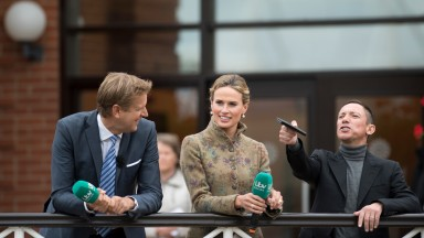 Ed Chamberlin , Francesca Cumani and Frankie Dettori made up the core of the team that brought Thursday evening's Brigadier Gerard meeting at Sandown to mainstream television for the first time