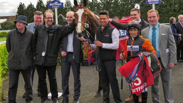 Big Country with Silvestre de Sousa, trainer Mick Appleby and owners The Horse Watchers