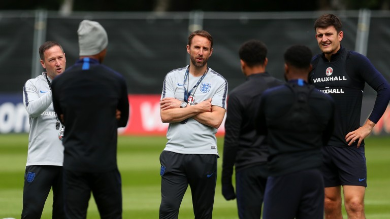 England manager Gareth Southgate speaks to his players
