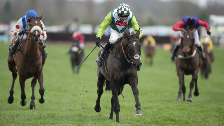 Denman wins the 2009 Hennessy Gold Cup