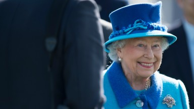 The Queen in the Newbury parade ring after Call To Mind's maiden success