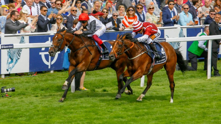Cracksman (left) just gets up to beat Salouen in the Coronation Cup