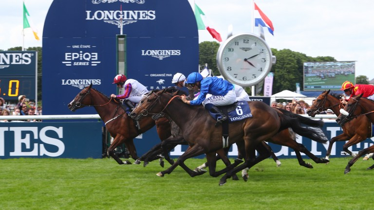 Laurens keeps her neck in front at the line to win the Prix de Diane