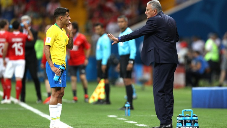 Tite gives instructions to Philippe Coutinho in Brazil's opener against Switzerland