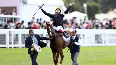 ASCOT, ENGLAND - JUNE 21:  Frankie Dettori riding Stradivarius celebrates winning The Gold Cup on day 3 of Royal Ascot at Ascot Racecourse on June 21, 2018 in Ascot, England.  (Photo by Bryn Lennon/Getty Images)