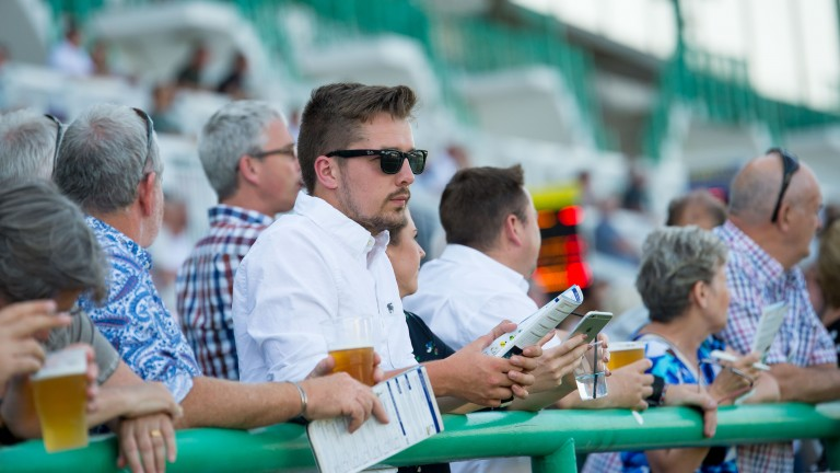 Racegoers can expect extremely warm weather this week