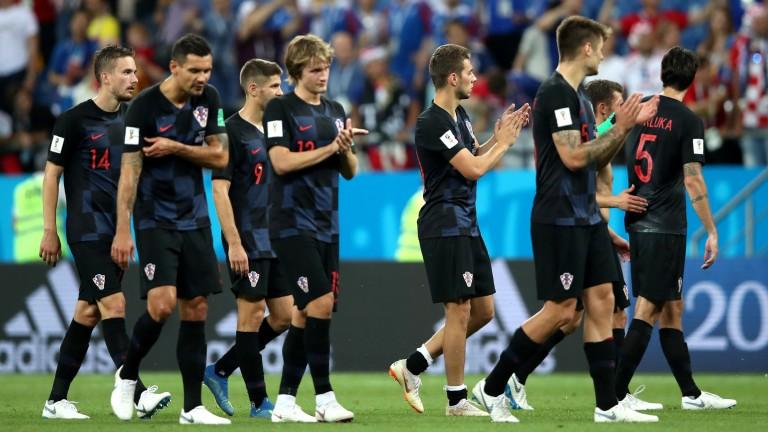 Croatia players applaud their fans