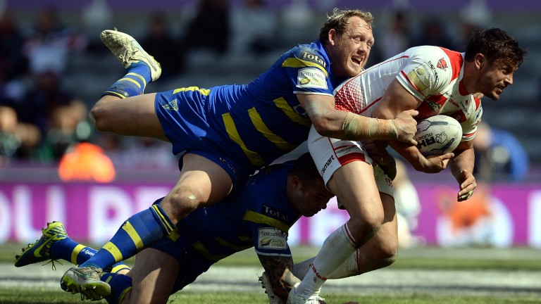 Warrington's Ben Westwood (left) will make his 500th appearance