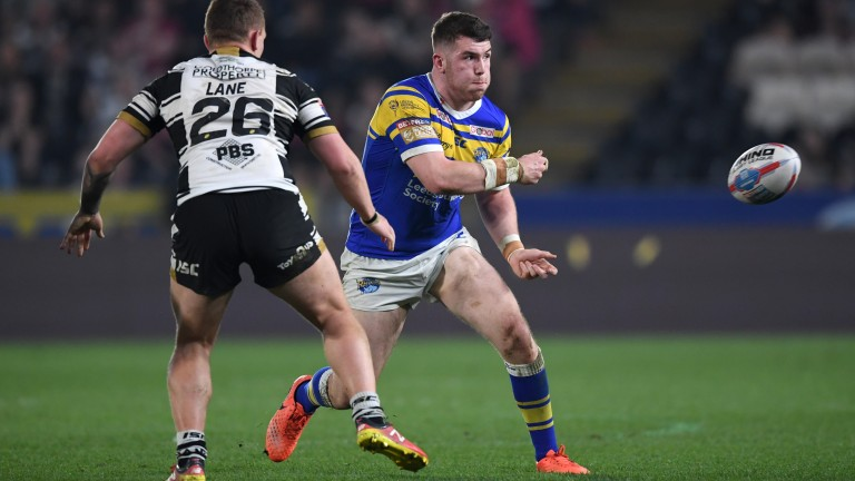 Cameron Smith of Leeds moves the ball against Hull