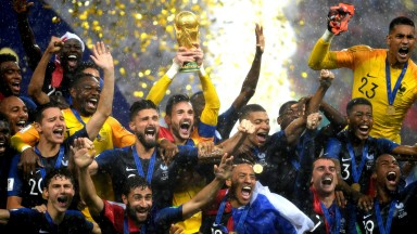 Hugo Lloris of France lifts the World Cup