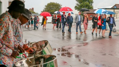 A wet ladies day atBrighton 9/8/2018©cranhamphoto.com