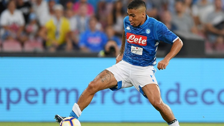 Allan of Napoli in action against Milan