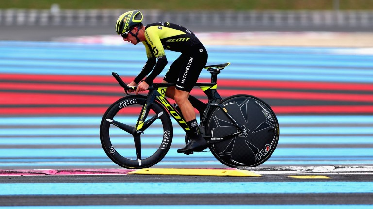 Simon Yates leads the Vuelta a Espana