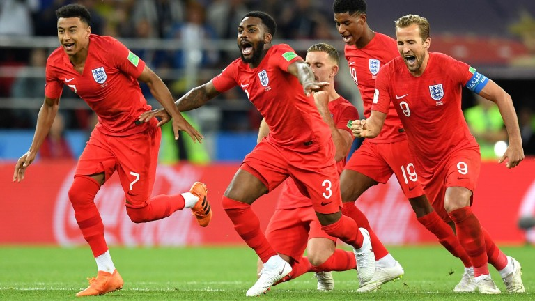 England celebrate winning their penaly shoout against Colombia at the World Cup