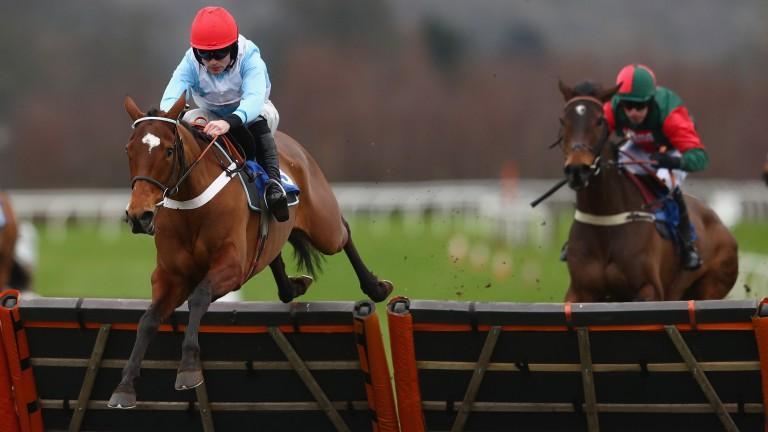 Verdana Blue: returns over hurdles at Kempton