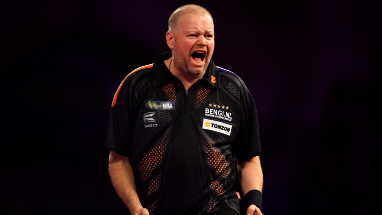 Raymond van Barneveld is favourite for a reason against Dave Chisnall