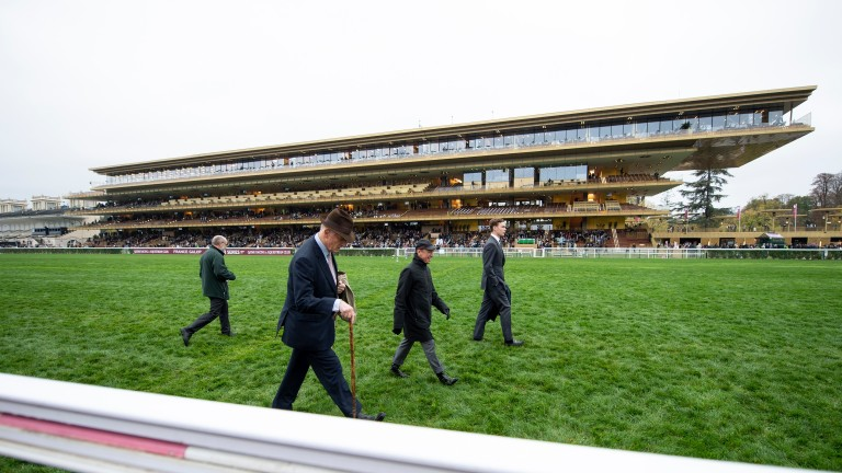 Frankie Dettori, John and Thady Gosden walk the course at Longchamp prior to Enable's second Qatar Prix de l'Arc de Triomphe victory at Longchamp in 2018