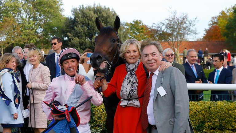 Frankie Dettori and Lord and Lady Lloyd-Webber with Too Darn Hot