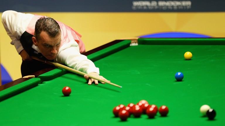 Mark Davis has won the last 13 frames he has contested against Stuart Bingham