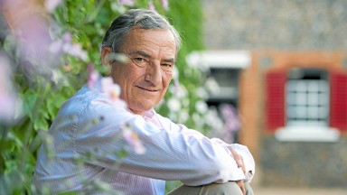 Luca Cumani at Bedford House StablesNewmarket 28.8.12 Pic : Edward Whitaker