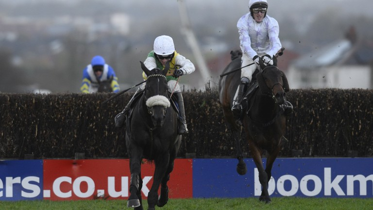 Many Clouds winning at Carlisle in 2014