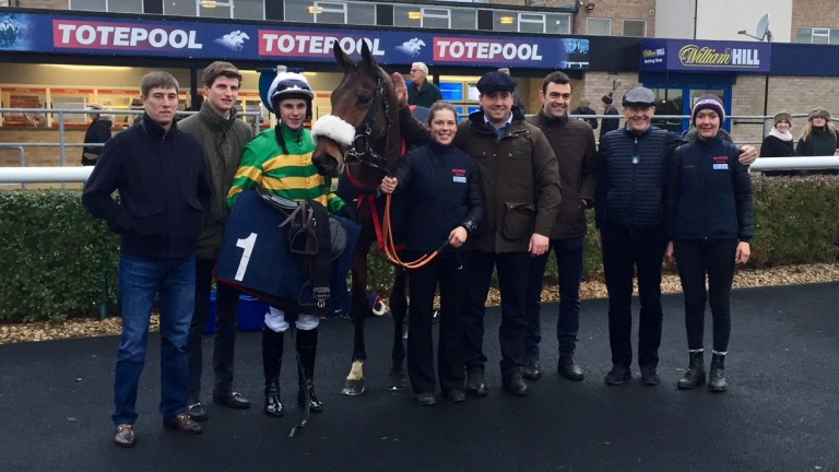 Collooney with trainer Olly Murphy and Fergus Gregory after his November bumper win