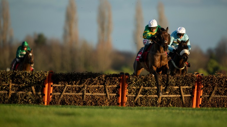 Unowhatimeanharry leads over the last hurdle en route to victory