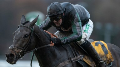 Altior (Nico de Boiinville)wins the Tingle Creek Sandown 8.12.18 Pic: Edward Whitaker