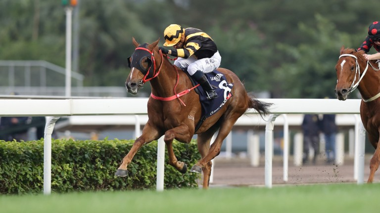 Glorious Forever powers to victory in the Hong Kong Cup under Silvestre de Sousa