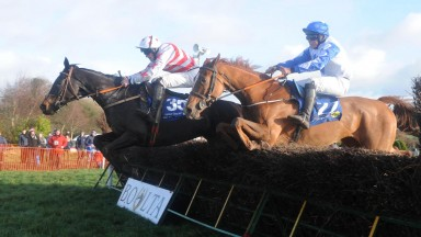 9-12-18 BOULTA PTP. WEST CORK WILDWAY and Gary Noonan (far) win division 2 of the 4yo Geldings Maiden from Game Present (near).Healy Racing Photo