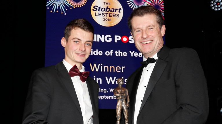 Tony Smurthwaite presenting Eoin Walsh with Flat Ride of the YearThe Stobart Lesters 22.12.18Pic Dan Abraham-focusonracing.com