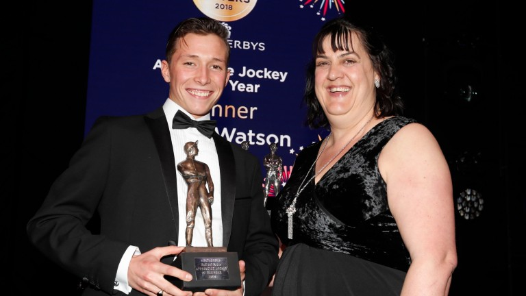 Karen Smith presenting Jason Watson with Apprentice Jockey of the YearThe Stobart Lesters 22.12.18Pic Dan Abraham-focusonracing.com