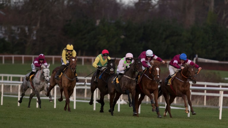 Replays of races like last week's Ryanair Hurdle cannot be viewed because of the ongoing archive dispute