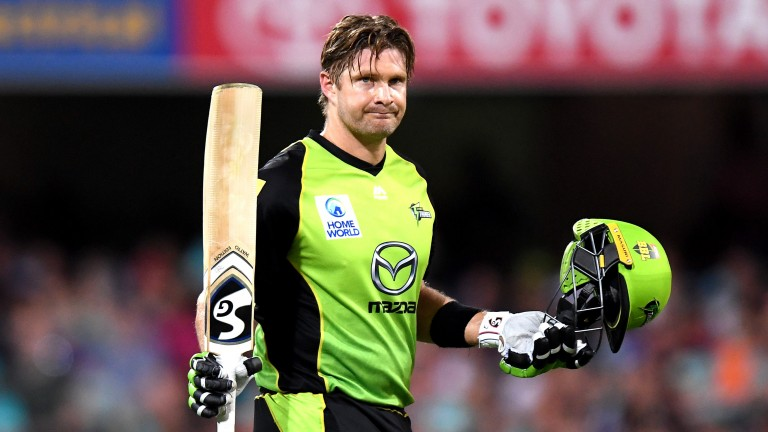 Sydney Thunder's Shane Watson acknowledges the crowd after his century in Brisbane