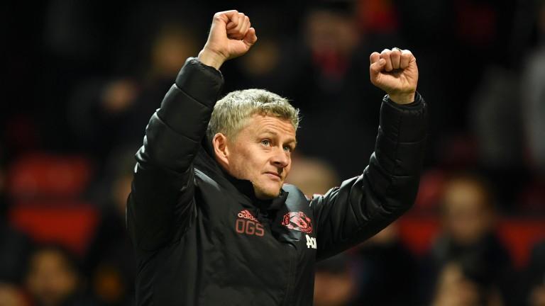 Оле Гуннар Сольскяер превратил Манчестер Юнайтед
